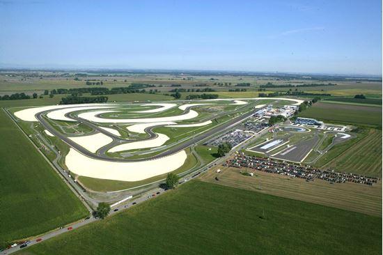 Slovakia Ring 4 dagar i april (21-24/4) i samarbete med Zenergy Racing